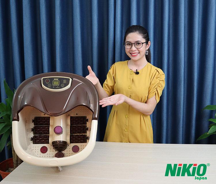 Hot girl Cẩm Tú trải nghiệm bồn ngâm massage chân Nhật Bản Nikio NK-195